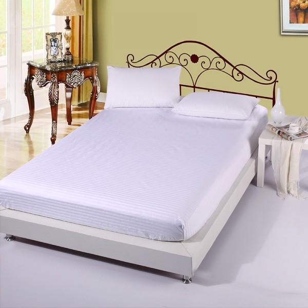 Постельное белье Однотонный страйп-сатин на резинке 2 спальный